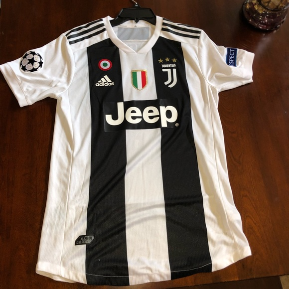 reputable site 14fe2 6b168 Authentic Juventus Champions League Jersey